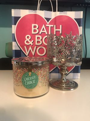 Bath and body works candle & holder for Sale in Riverside, CA