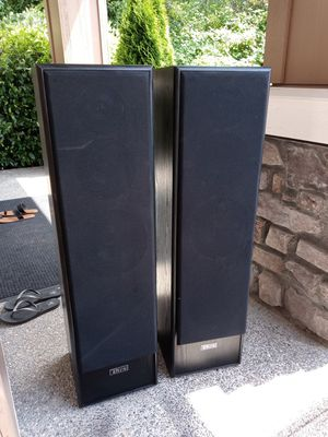 PARADYME. SPEAKERS. for Sale in Auburn, WA