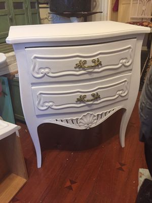 Pair of shabby chic night tables for Sale in Hartsdale, NY