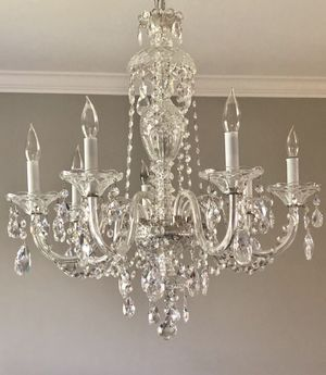 SWAROVSKI CRYSTAL 7 LIGHT CHANDELIER for Sale in Fairfax, VA