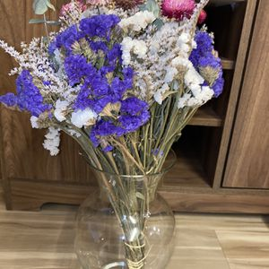 Glass Vase With Dried Flowers for Sale in Seattle, WA