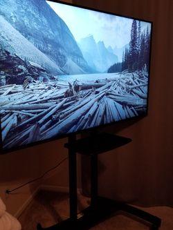 """Vizio 70"""" XLED 4K UHD TV w/mobile Stand Model:e70-e3 for Sale in West Sacramento,  CA"""