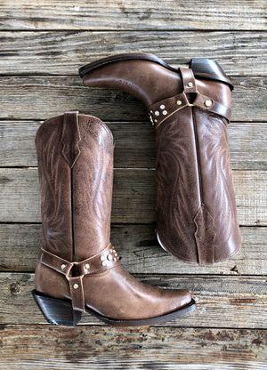 Women boots for Sale in San Antonio, TX