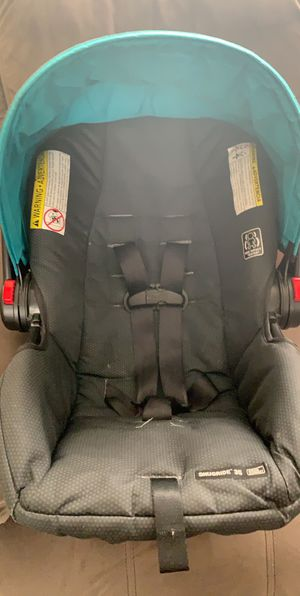 Graco Car Seat, Stroller, and Base for Sale in Los Angeles, CA
