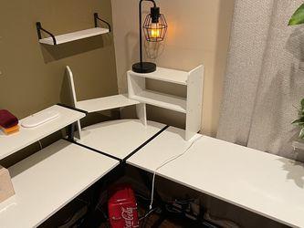 Corner Desk for Sale in Auburn,  WA