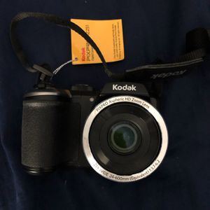 KODAK PIXPRO CAMERA ( BRAND NEW ) for Sale in Washington, DC
