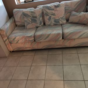 Sleeper couch for Sale in Hollywood, FL