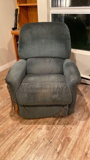 Free! La-Z-Boy recliner for Sale in San Diego, CA