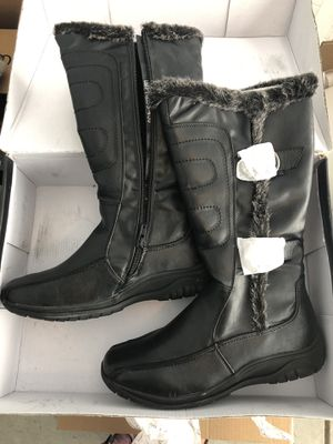 Henry Ferrera Black Winter boots 9.5 man made materials for Sale in Campbell, CA