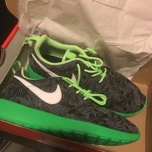 Nike Roshe Run Shoes for Sale in Chevy Chase, MD