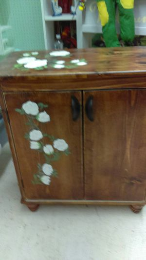 Pine cabinet for Sale in Township of Taylorsville, NC