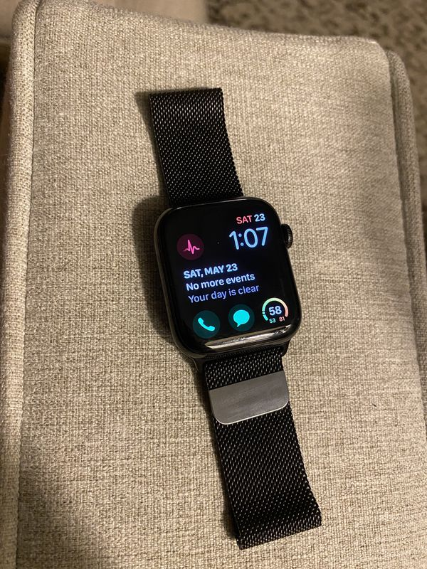 Apple Watch Series 4, Stainless Steel, Milanese Band