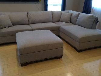 Grey Sectional Sofa for Sale in Scurry,  TX