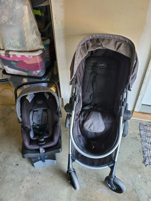 Car seat and stroller for Sale in Saint Charles, MD