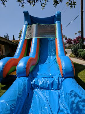 Water slide wet or dry slide bounce house jumper for Sale in Brea, CA