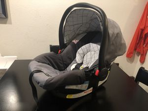 Graco Snugride 30 for Sale in Redmond, WA