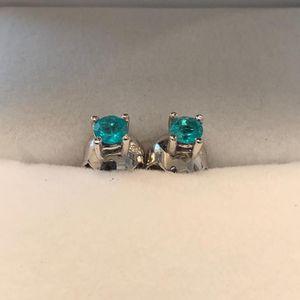 Certified Colombian Emerald Earrings for Sale in Arlington, VA