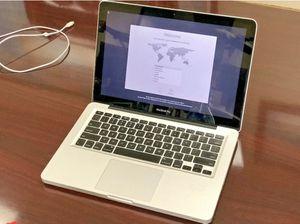Apple laptop MacBook Pro 13inch 2010, 2.66 ghz intel Core 2 Duo, 4gb , 500gb for Sale in Jonesboro, AR