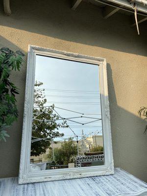 White antique mirror for Sale in San Bernardino, CA
