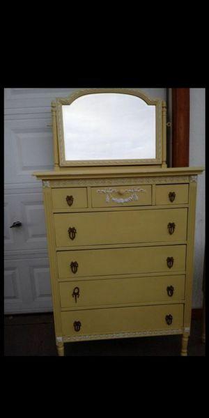 Dresser mirror including for Sale in Phoenix, AZ