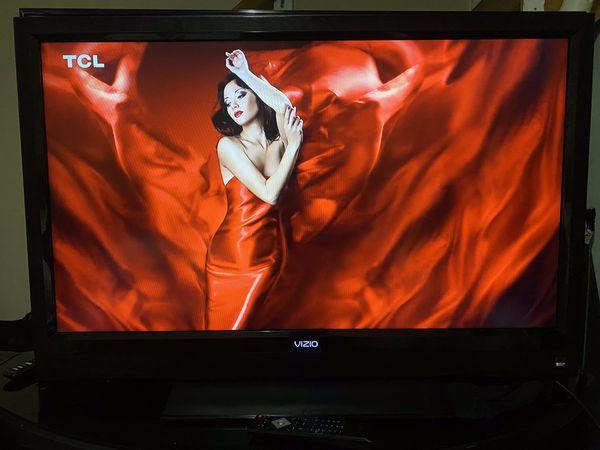 """42"""" VIZIO HDTV"""
