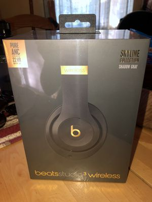 BRAND NEW - studio 3 wireless beats by dr.dre for Sale in El Sobrante, CA
