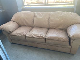 Geunine Leather Couch for Sale in San Diego,  CA