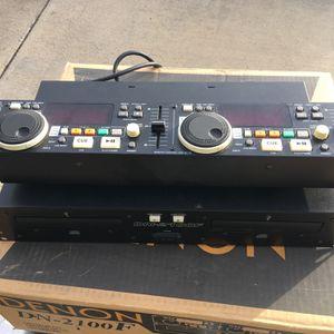 Denon DN-2100f Dj Dual CD Player for Sale in Redmond, OR