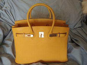 Hermes Birkin Bag 35cm for Sale in Scottsdale, AZ