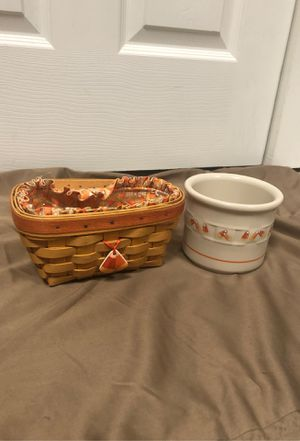 1999 Candy Corn and crock longaberger for Sale in Providence, KY