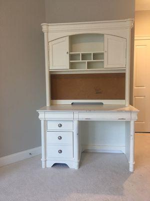 Mountable Bookshelf (Desk Not Included) for Sale in McLean, VA
