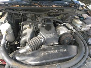 1999 GMC sanoma parts for Sale in Tampa, FL