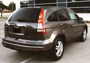 2010 HONDA CRV * CLEAN * GAS SAVER for Sale in St. Petersburg, FL