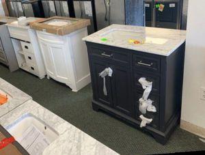 BATHROOM VANITIES LIQUIDATION Y PS8 for Sale in Missouri City, TX