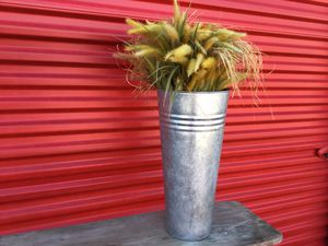 Vase for Sale in Arnold, MO