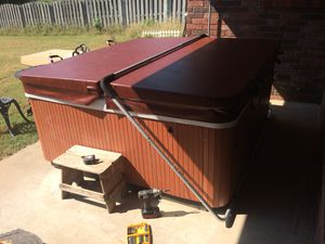 Less than perfect hot tub with butler for sale $950 for Sale in Van Buren, AR
