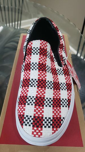 New checker plaid classics vans for Sale in Bloomingdale, IL