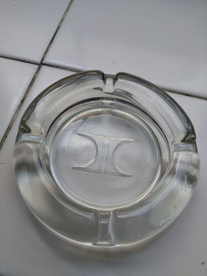Vintage Las Vegas Hilton Glass Ashtray for Sale in Santa Fe Springs, CA