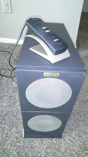 Computer sub works great 40 for Sale in Arlington, TX