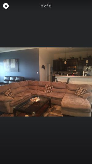 Extra-Large Tan Sectional for Sale in San Angelo, TX