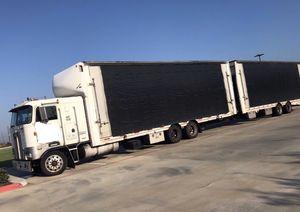 Car hauler/ carrier Kenworth k100 920k mi for Sale in Winston-Salem, NC