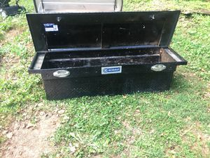 Tool box full size for Sale in Decatur, GA