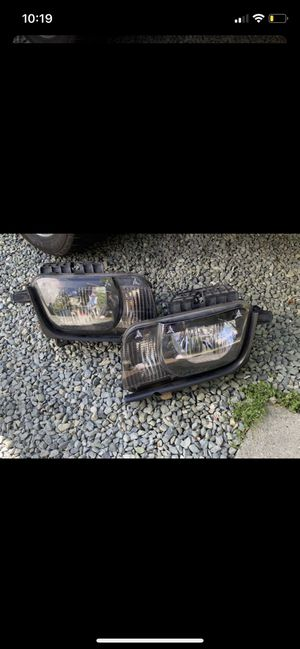 2010 Camaro original headlight for Sale in Atlanta, GA