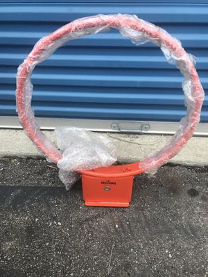 Spaulding basketball hoop for Sale in Gahanna, OH
