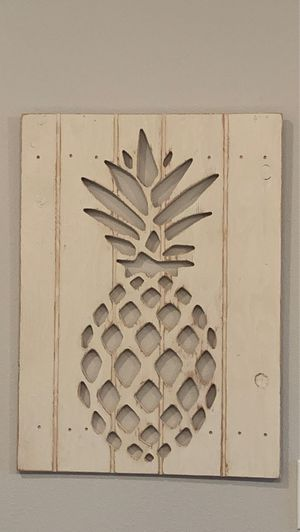 Wooden pineapple picture for Sale in San Antonio, TX