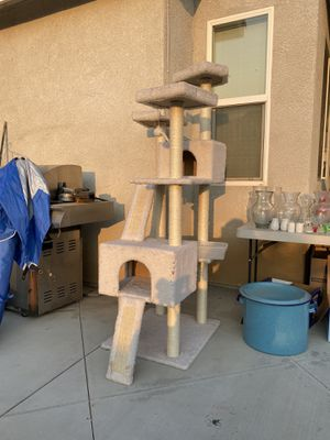 Cat tree for Sale in Perris, CA
