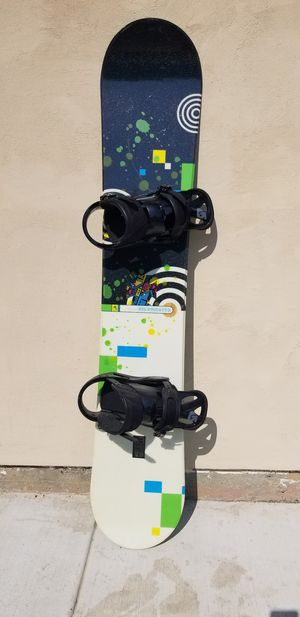 SNOWBOARD - 163cm Triple Nickel DILEMMA Series - Great CONDITION with BURTON Bindings for Sale in Roseville, CA