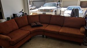 Sectional couch for Sale in Bend, OR