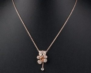 Rose Gold Crystal Bear Necklace for Sale in Hialeah, FL