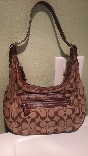 Coach purse. for Sale in Tacoma, WA